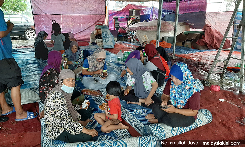 Residents living under canopies after homes demolished, PAS cries 'foul'