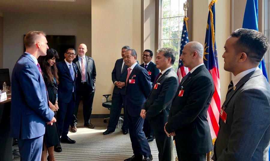 Muhyiddin attends National Day, Malaysia Day reception in New York