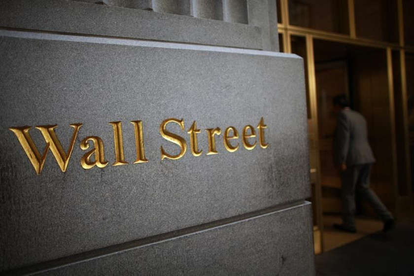 S&P 500, Nasdaq dip on China deal doubts