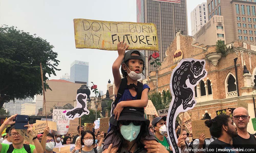 响应全球气候罢课,隆市600人上街抗议霾害