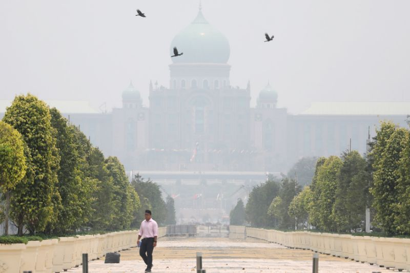UPM says own haze reading just for research, not alternative to DoE's API