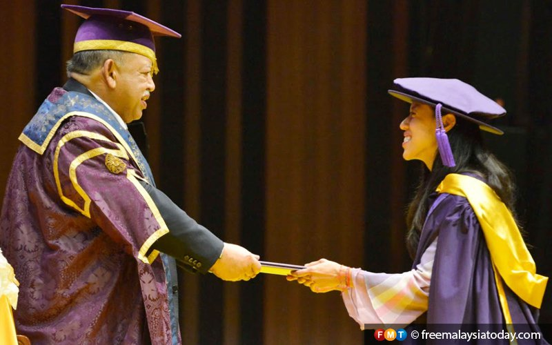 Universities can lend best minds for IR 4.0 era, says Dr M