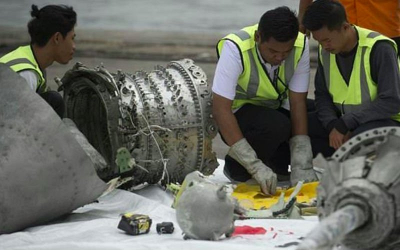 Indonesia finds design flaw, oversight lapses in Lion Air crash