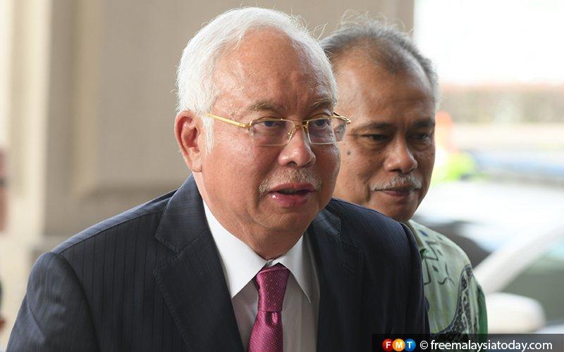 Najib at Bukit Aman for questioning over FB post