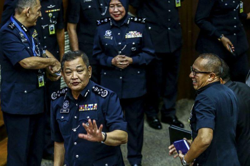 Ignoring police, Puteri Umno leader insists Penang rampage due to religious slurs