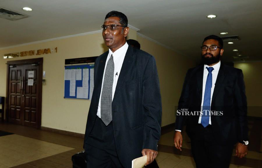 Rayer withdraws from representing man charged in MyKad scandal