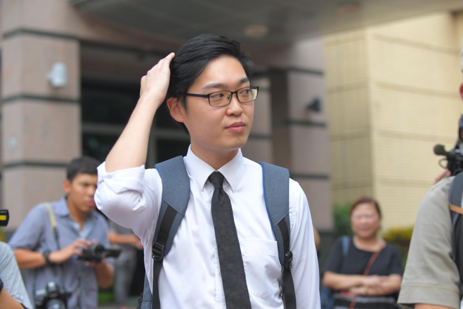 陈浩天称往法院途中遇袭 遭多名南亚汉电筒袭击头盘骨受伤