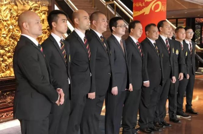 【修例风波】「光头警长」抵京 冀看大阅兵爬长城