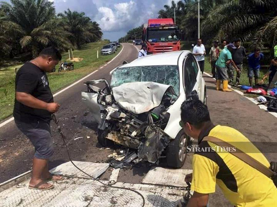 Three religious school employees killed in Mersing car-4WD crash