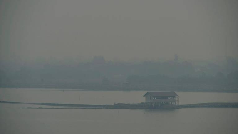 Haze: Malaysian Embassy monitoring health of students evacuated from Riau
