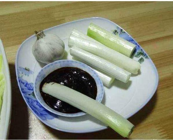 东北热炕头上的下酒菜,南方人直言崩溃,当地人:1天3顿吃不腻