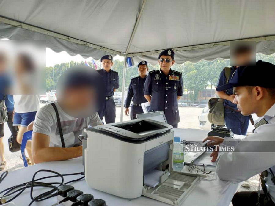 Singaporean with 116 outstanding traffic summonses pays RM28,000 in fines