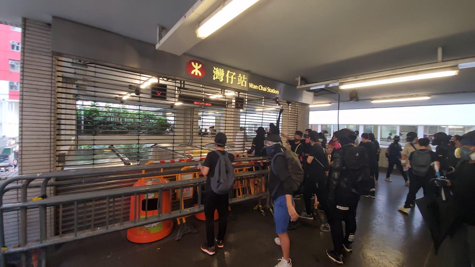 【修例风波】港铁指部分车站或设施或未能明天恢復提供服务