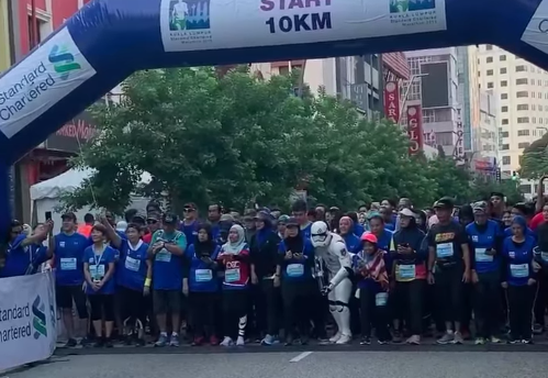 Two runners hit by car during Kuala Lumpur marathon, authorities investigating