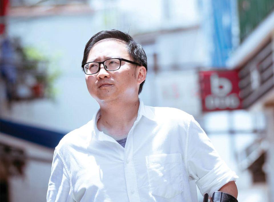 【修例风波】工党常委何伟航西贡被4人围殴