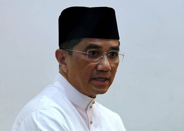 Mohamed Azmin to meet with Russian Minister of Industry and Trade