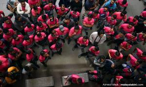 Welfare of Foodpanda staff, MAS to get Dewan Rakyat's attention