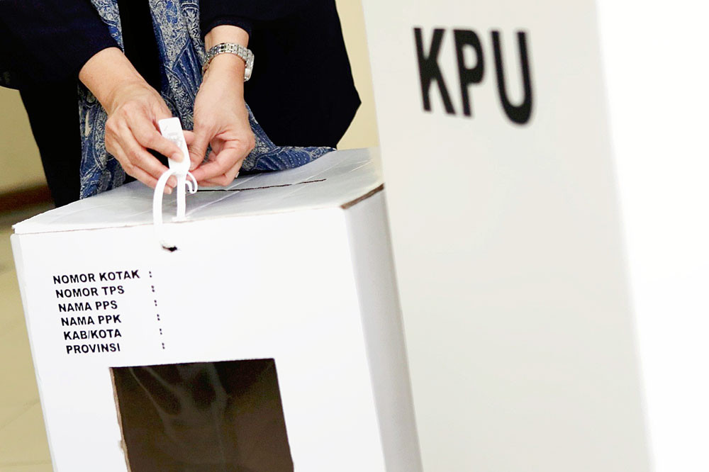 KPU to bar adulterers, drunkards and gamblersfrom running for governor, mayor