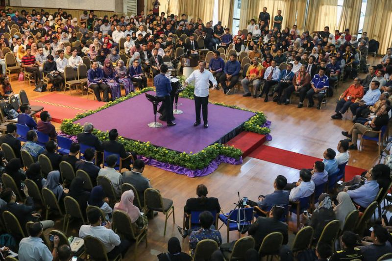 Anwar insists PM transition plan discussed, but date to be decided later