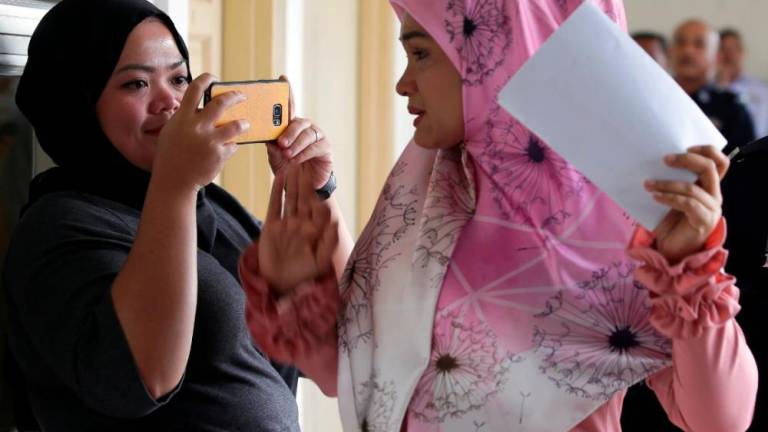 Actress fined RM17,500 for possession, selling cosmetic product without MOH notification