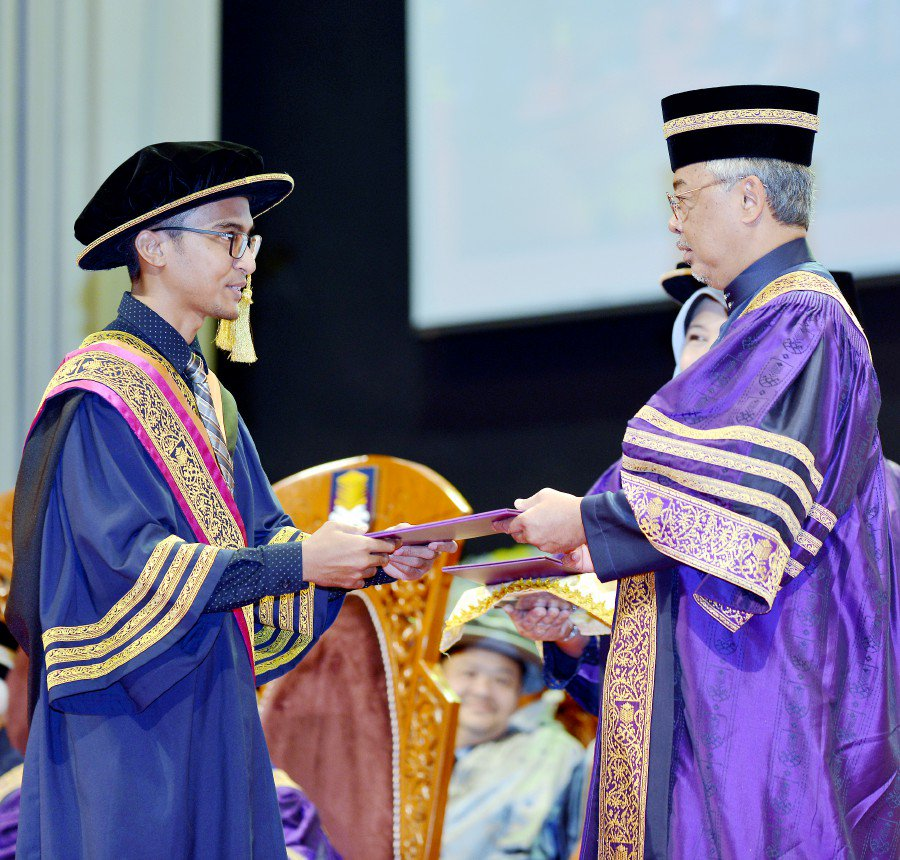 King: Institutions of higher learning should mould students with 'Rukun Negara' values