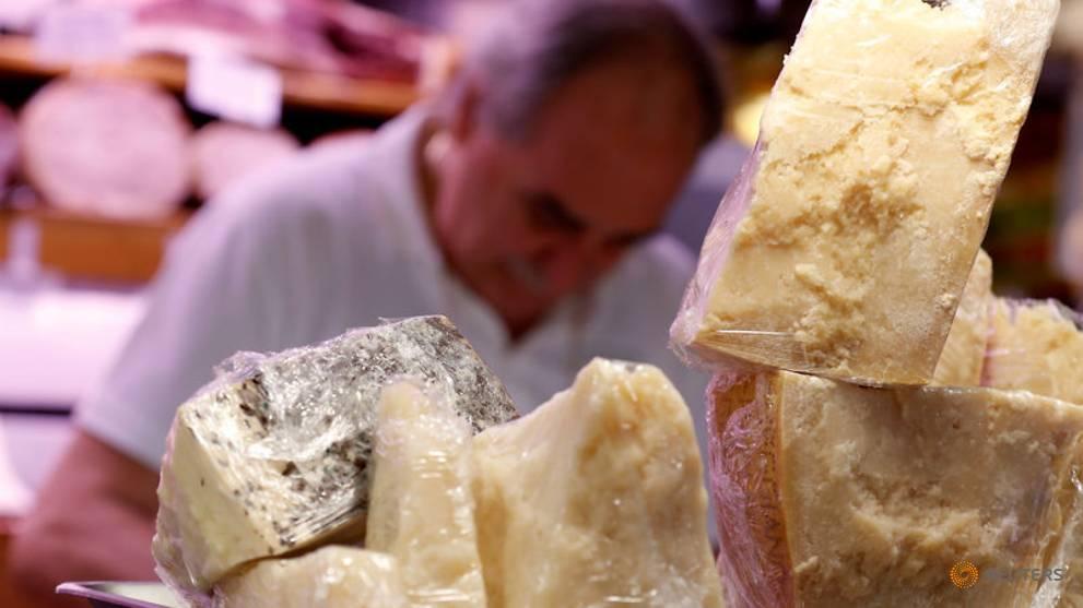 US importers stockpile Parmigiano, Provolone as tariffs on EU cheeses loom