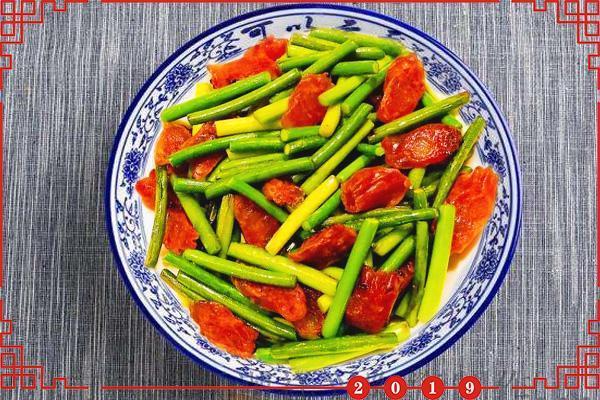 蒜苔最好吃的做法,简单几步,口感鲜香脆嫩,好吃下饭