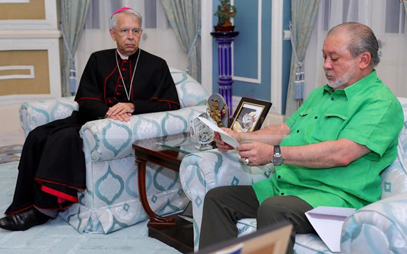 Pope thanks Johor ruler for pardoning Mexican brothers
