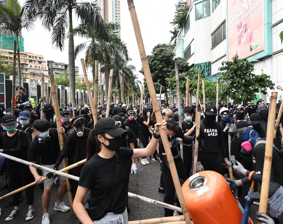 【修例风波】医管局:昨日示威共38人受伤送院 两人情况严重