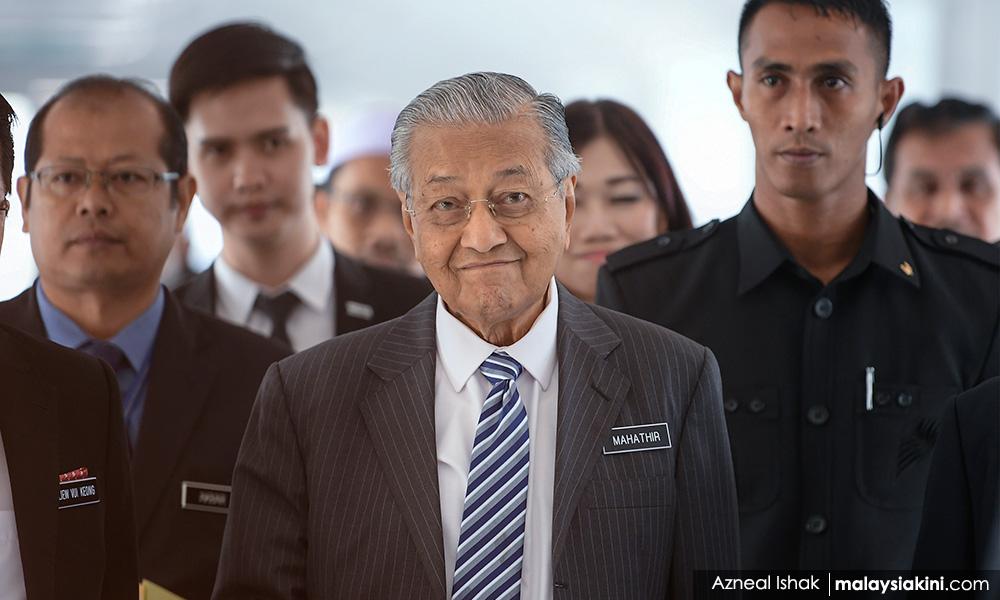 """马哈迪""""拜托""""巫统上阵比艾,如此才可助希盟胜选"""