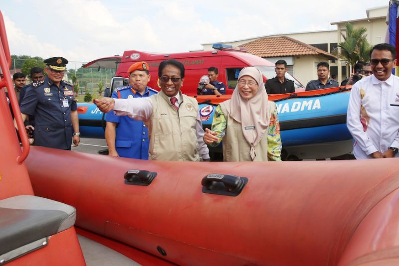 DPM: Govt mulling sinking fund for industries to reduce impact of disasters