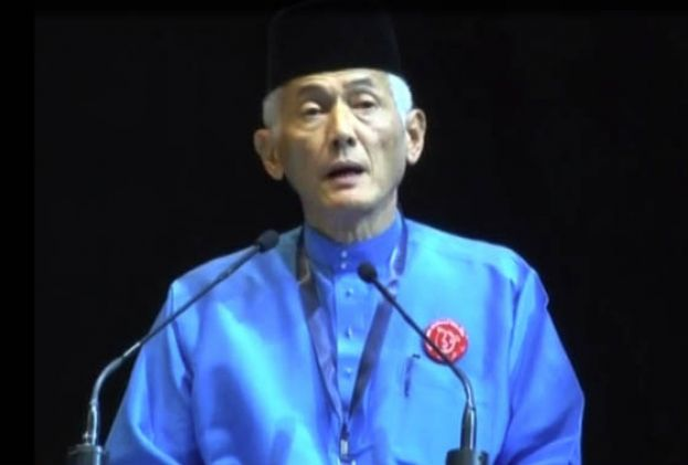 马来人尊严大会发表种族论 马大学生会:校长应辞职