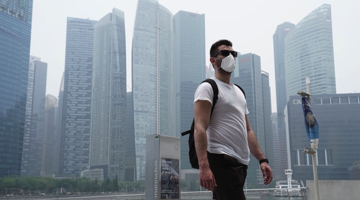 Singapore offers Indonesia help to combat 'scourge' of haze