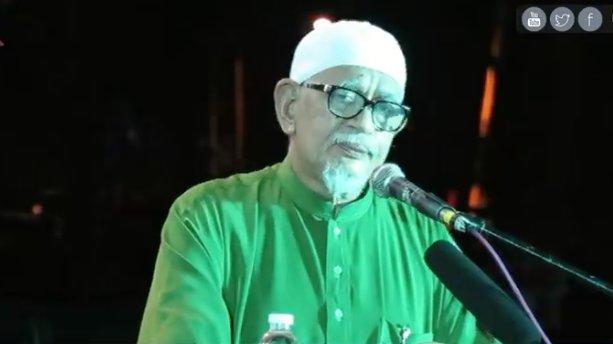Malaysia Islamist party leader says forbidden to give power tonon-Malays