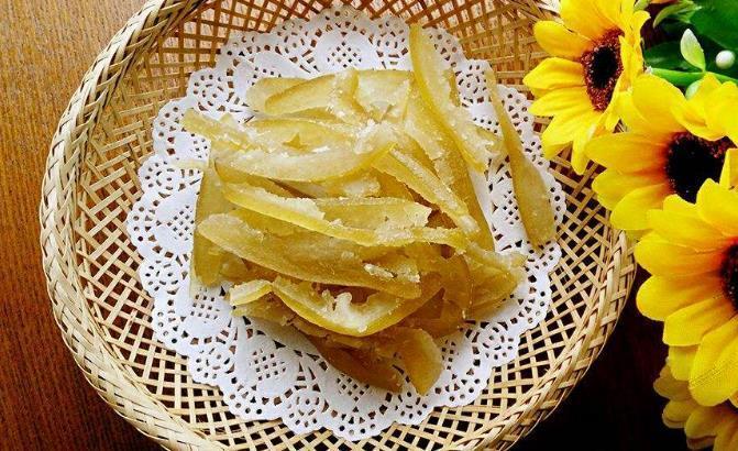 这种应季水果的皮,吃完别扔,轻轻松松变成可口小零食