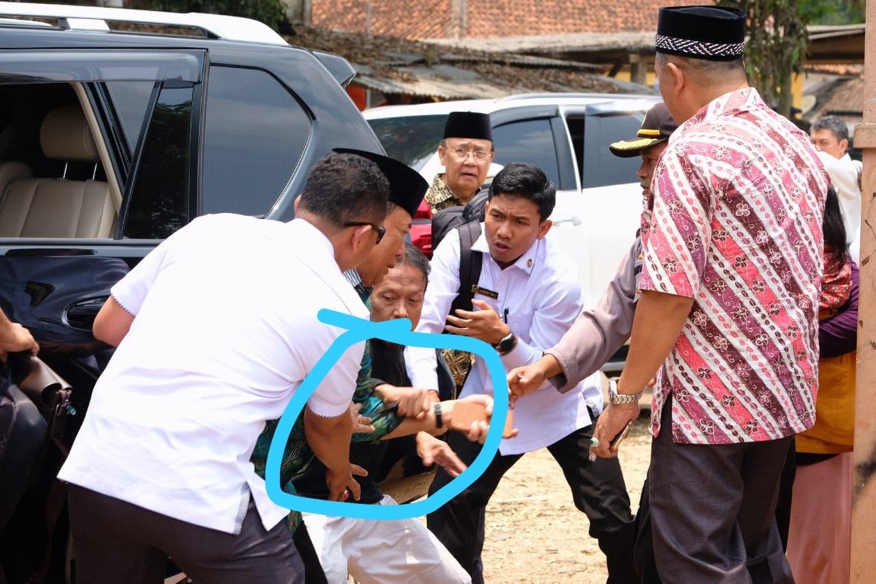 Jokowi orders crackdown on 'terror network' behind Wiranto attack