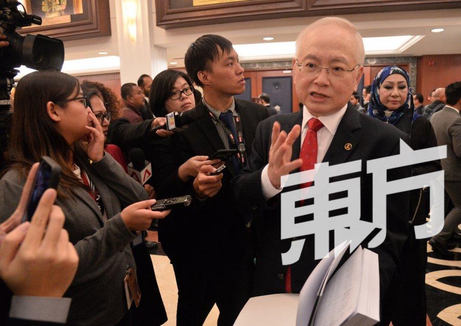 魏家祥:拉大没获行政拨款 仅得发展拨款100万
