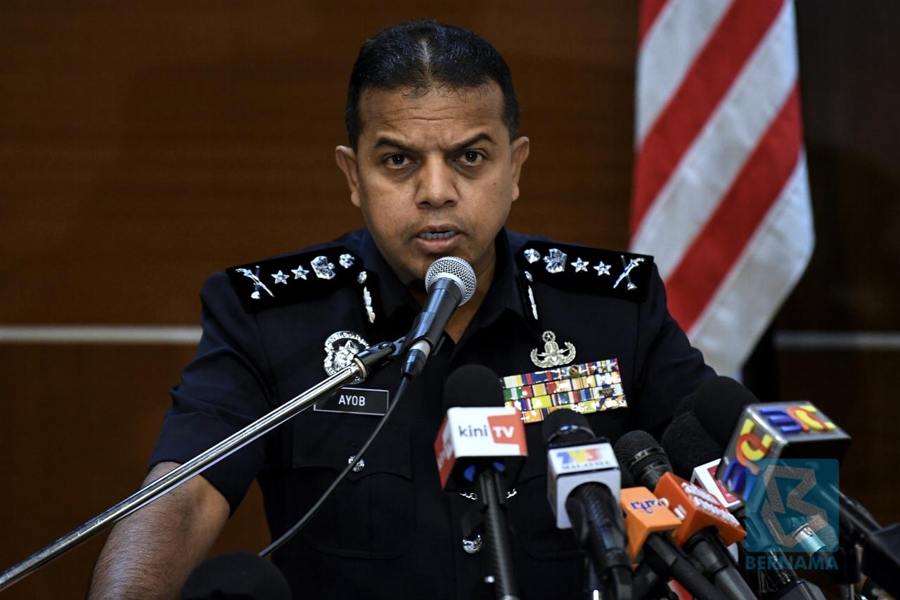 Teacher among five nabbed over alleged involvement in LTTE