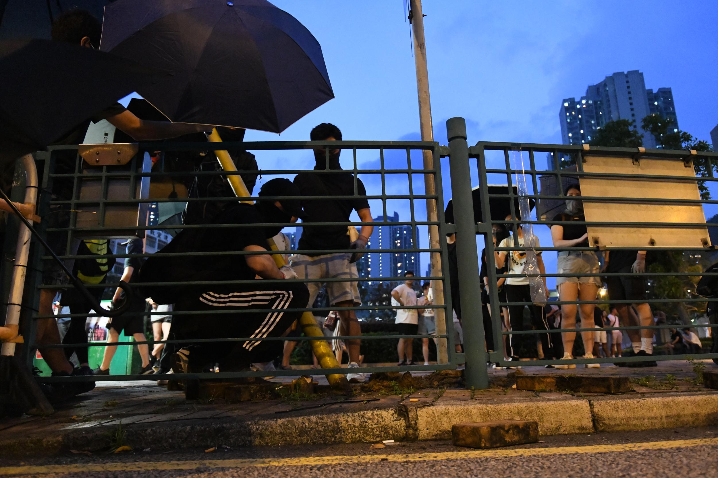 【修例风波】涉将军澳袭警非法集结等4罪 13岁男童仍留院周五再讯