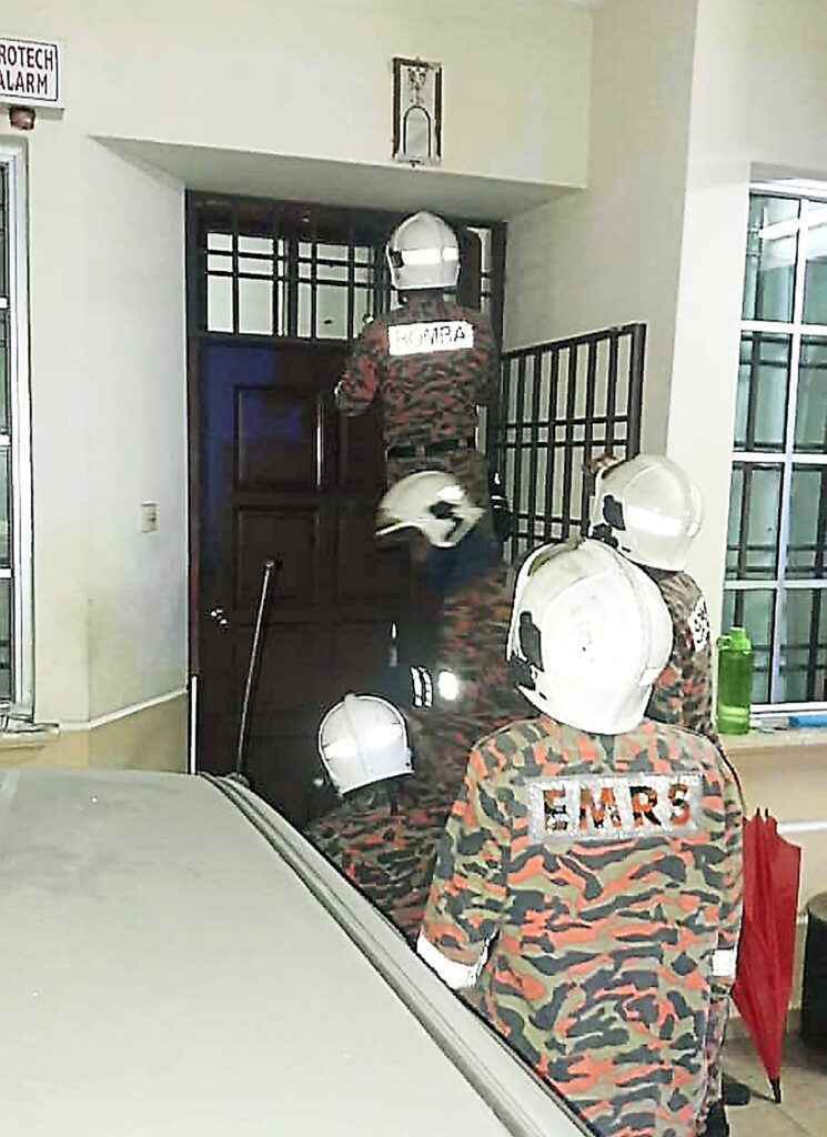Starving & dehydrated, OKU woman trapped for 4 days with mother's corpse in JB