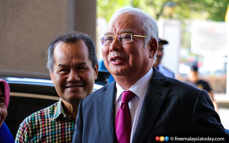 Najib remains second most popular opposition leader, survey shows
