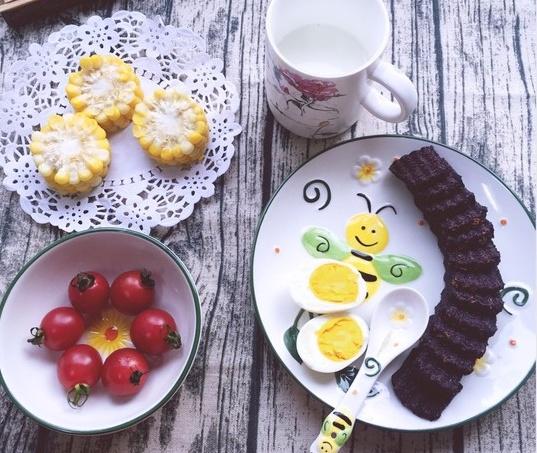 """7款""""懒人""""版早餐,1分钟学一样,简单快手,连吃一周都不腻!"""