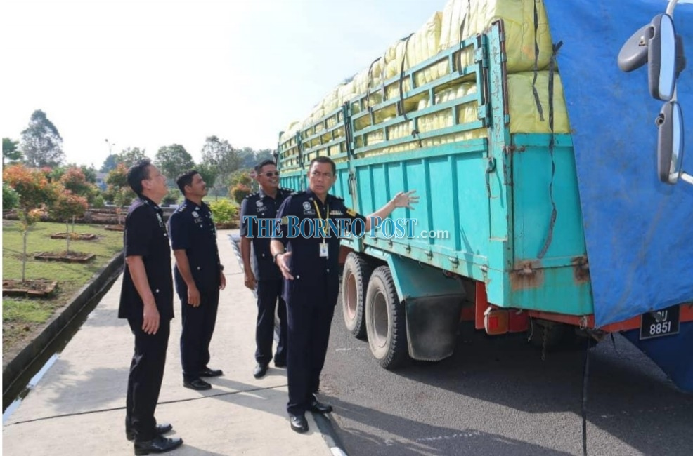 Lorries carrying smuggled goods seized by GOP in Bau