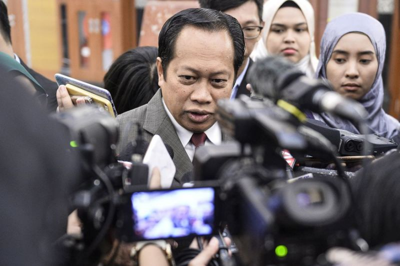Umno MP says silence on new alliance minus DAP, Amanah only when Anwar is PM