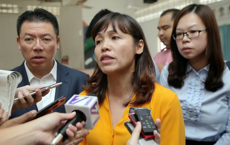 Deputy education minister says in process of resolving UM-graduate conflict