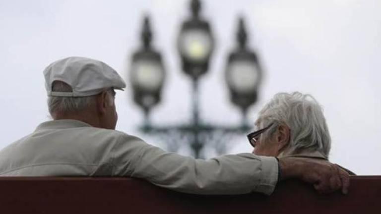 Lack of savings dash travel dreams for retirees: Survey