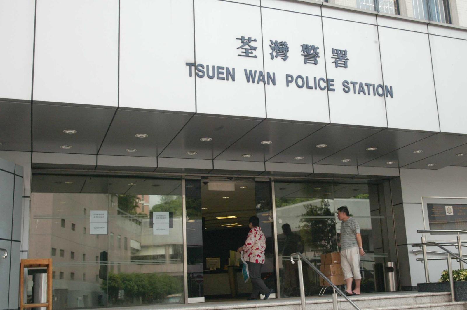 独行贼潜荃湾日式食肆爆窃 抬走藏2万元现金夹万