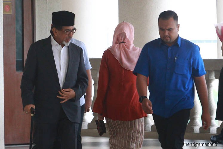 Musa Aman acquitted of five out of 35 corruption charges