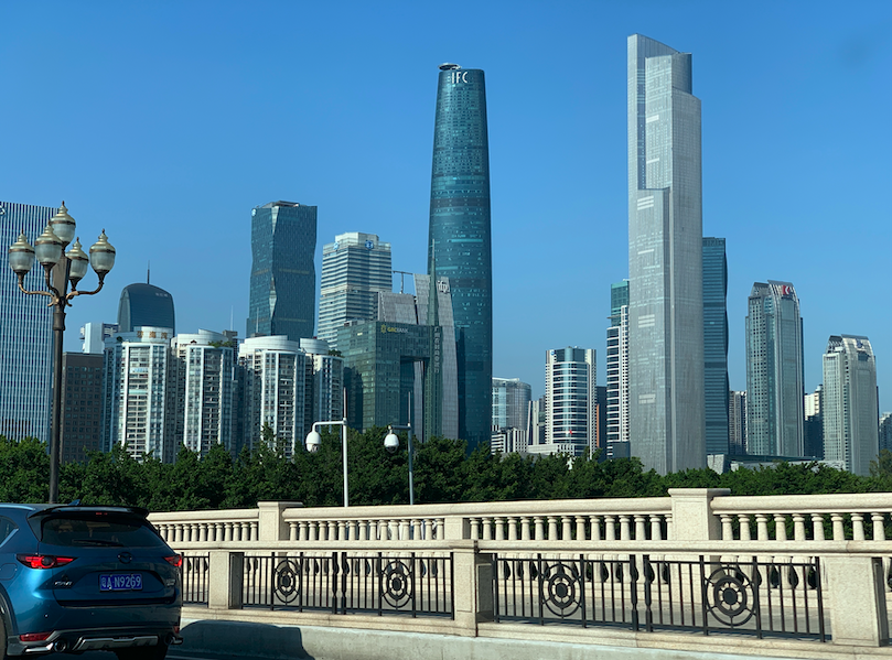 Wuhan skyscraper fails to rise to great heights