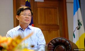 Chow denies feeling embarassed by anti-reclamation memo